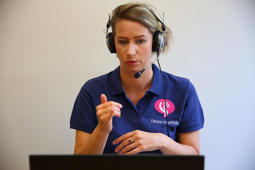 Počas testovania obyvateľov predlžujeme služby Online tlmočníka